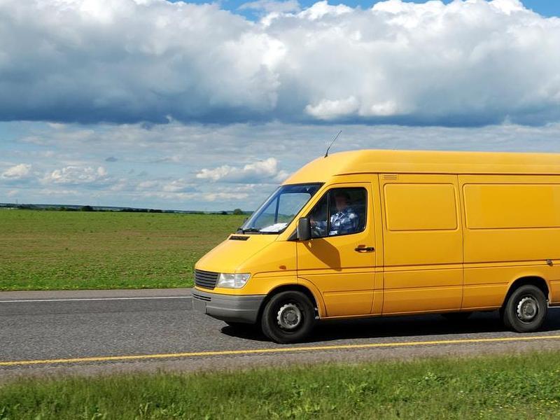 Żółty bus